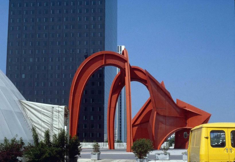 L'araignée rouge (Calder)