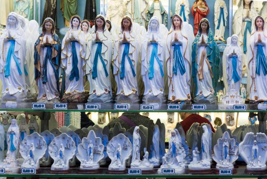 Lourdes Web-1000335